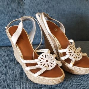 American Eagle White leather espadrilles